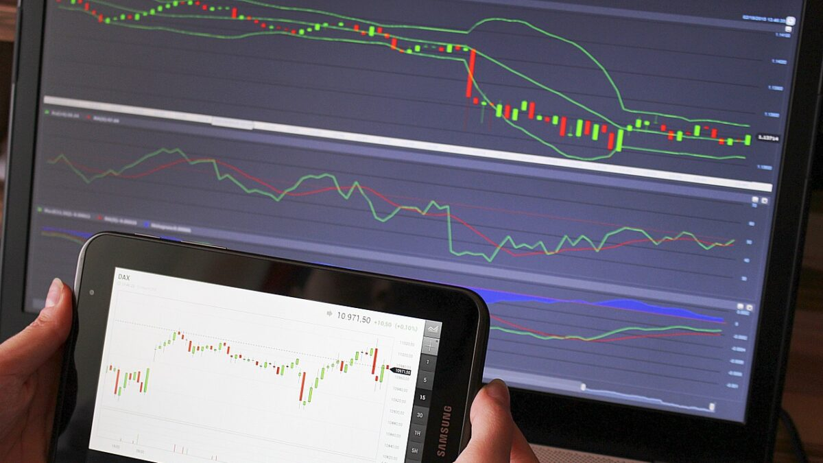 Know Your Investment Fears to Become Smart Trader
